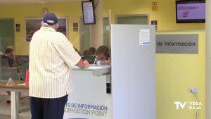 Los trabajadores del departamento de salud de Torrevieja no perderán su empleo tras la reversión