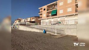 Ya se puede acceder a la playa de Las Villas por calle Las Olas