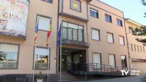 El Ayuntamiento de Benejúzar entrega las becas de transporte universitario por un total de 35.000 €