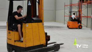 Una treintena de personas desempleadas finaliza su formación como auxiliares de almacén