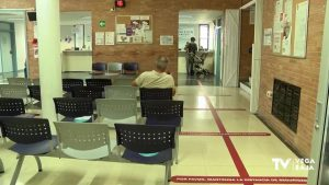 Torrevieja registra un brote de origen social con 14 personas contagiadas