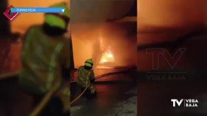 El incendio en el cuadro eléctrico de un edificio de Torrevieja obliga a desalojar a varios vecinos