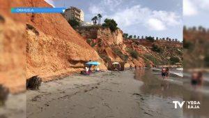 El PSOE de Orihuela alerta del peligro de desprendimiento en la playa de Aguamarina