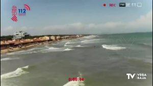Un dron, clave en el rescate de una mujer en una playa de Guardamar del Segura
