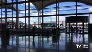"""Empieza la recuperación de turistas internacionales con """"certificados covid"""""""