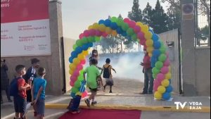 El colegio Antonio Sequeros de Benejúzar celebra una fiesta de bienvenida del nuevo curso escolar