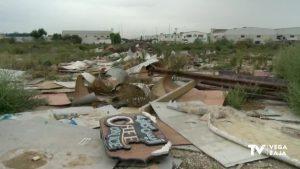Todavía son visibles las consecuencias de la DANA en el Polígono Industrial Puente Alto de Orihuela