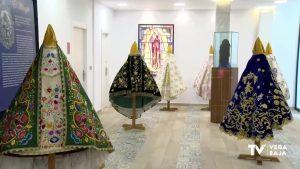 """""""Al amparo de tu manto"""", la exposición con la que Redován rinde honores a la Virgen de la Salud"""
