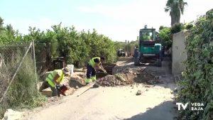 Comienzan las obras de reparación y asfaltado del camino viejo de Almoradí y los Santicos de Piedra
