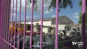 El Ayuntamiento de Rojales garantiza la ausencia de riesgo en la retirada de placas con amianto