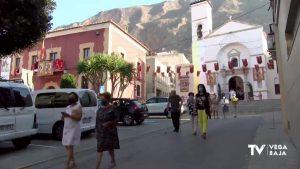 Los vecinos de Redován celebran el día de su patrón San Miguel con devoción