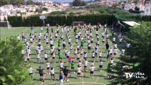 El colegio ELIS Villamartín de San Miguel de Salinas celebra el Día Global del Binestar