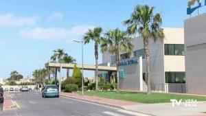 """Se produce una """"fuga de talento"""" del Hospital de Torrevieja según Ribera Salud debido a la reversión"""