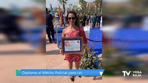 Una vecina de Pilar de la Horadada recibe el Diploma al Mérito Policial
