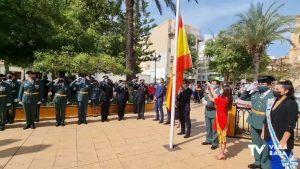 Torrevieja celebra el día de la Hispanidad con un claro reconocimiento a la Guardia Civil