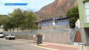 Redován prepara el gimnasio del polideportivo para los alumnos del colegio Sagrados Corazones