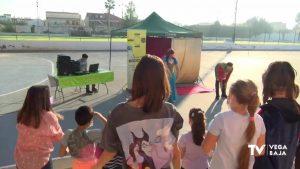 Los colegios de Orihuela enseñan a los alumnos la importancia de reciclar a través del teatro