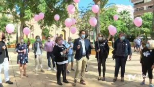 El color rosa tiñe el cielo de Torrevieja
