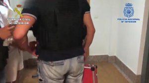 Guardia Civil y Policía Nacional esclarecen estafas cometidas en Torrevieja, Orihuela y Rojales